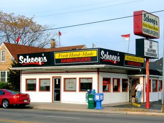 Schoop's outside