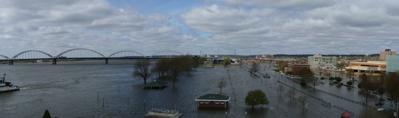 Le Claire Park Flood_2