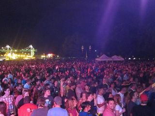 River Roots 2011 Saturday night