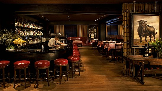 Manny's bar