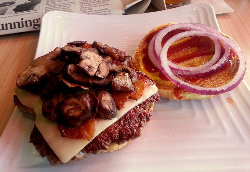 Tom and Eddies burger