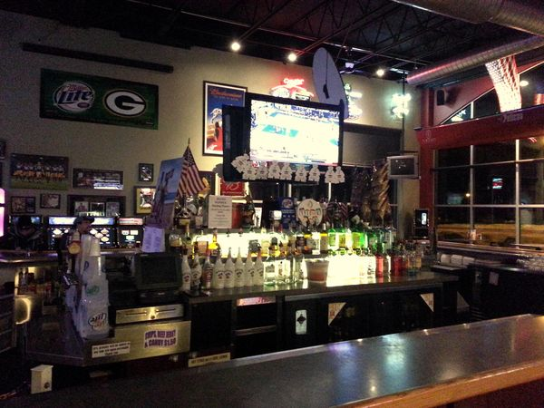 Road Tips Timeout Sports Bar And Grill Manitowoc Wi