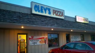 Oley's Pizza front