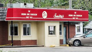 Smitty's front