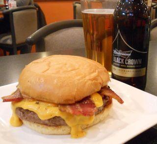 61 Chophouse Black Crown burger