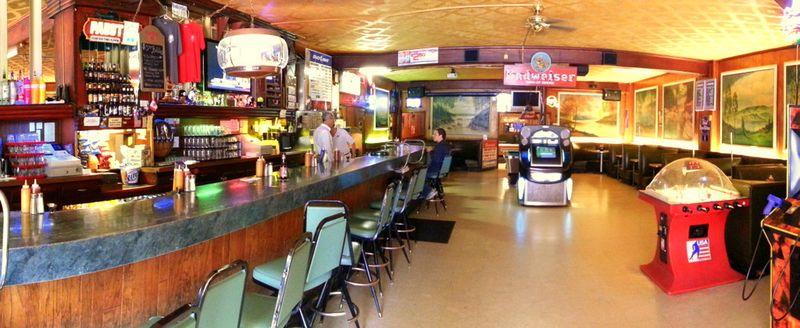 Plaza Tavern