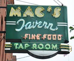 Mac's Sign