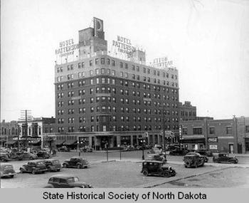 9cb1d2d86e3f57c9cc9f3b1c0d138bd7--historical-pictures-north-dakota
