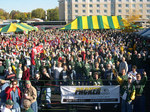 Brett_favre_tailgate_party