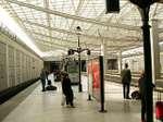 Train_station_de_gaulle_1